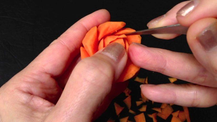 украшение из моркови